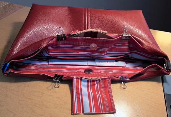 Соединяем подкладку с полотном сумки