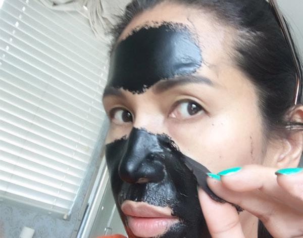 Как сделать черную маску из активированного угля и клея 190