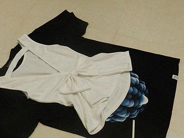 Платье из футболки с карманами: шаг 1