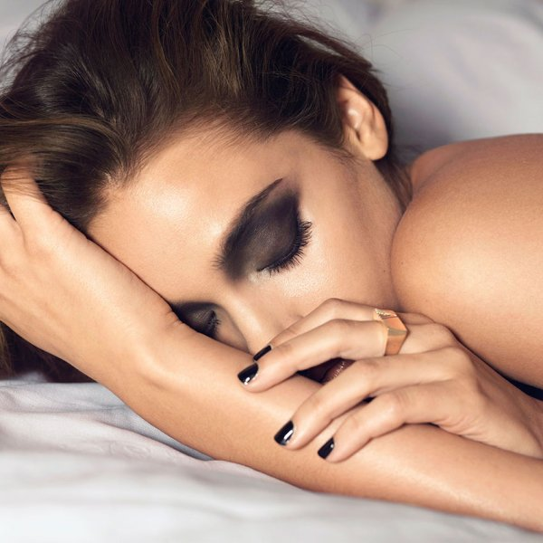 Сон с макияжем