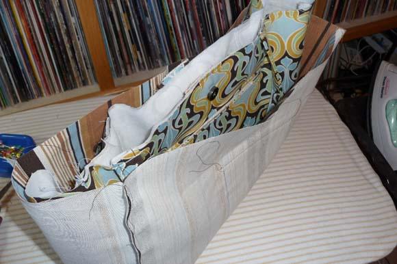 Пошив сумки из ткани: соединение подкладки с лицевой частью шаг 1