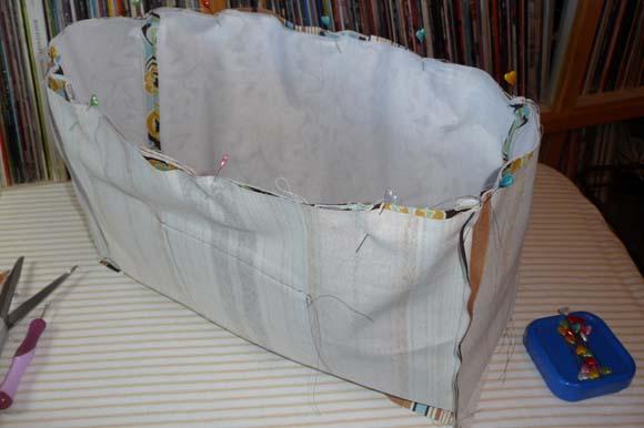 Пошив сумки из ткани: соединение подкладки с лицевой частью шаг 2